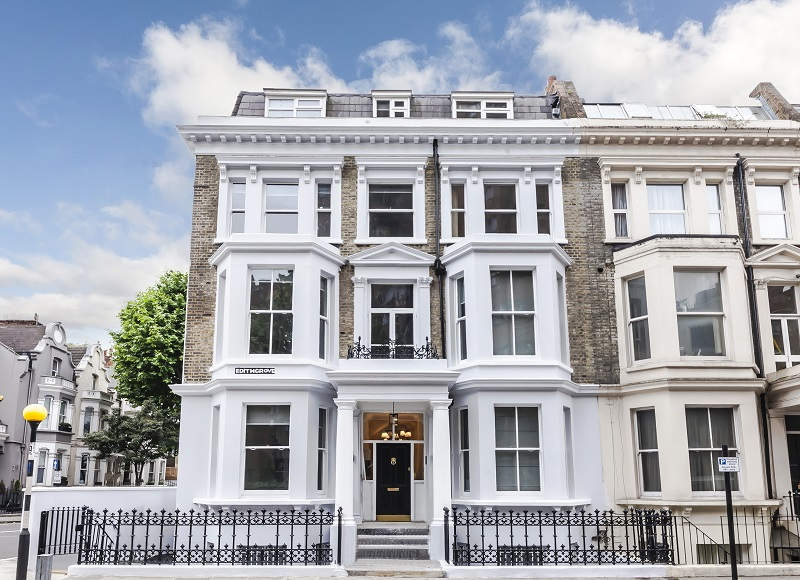 Chelsea London Unique Freehold End Of Terrace Property
